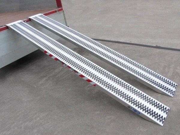 Hliníkové nájezdy MM060 - 2000 mm, max.nosnost 4500 kg Metalmec