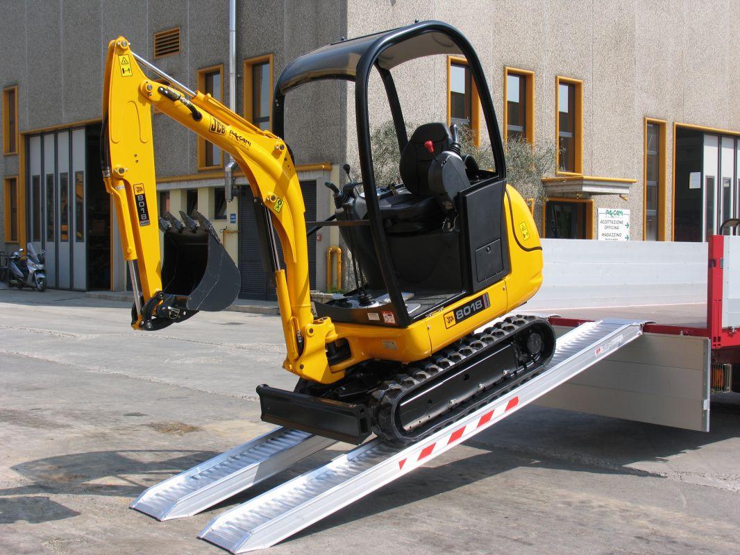 Hliníkové nájezdy MM075 2500 mm, max.nosnost 3200 kg Metalmec