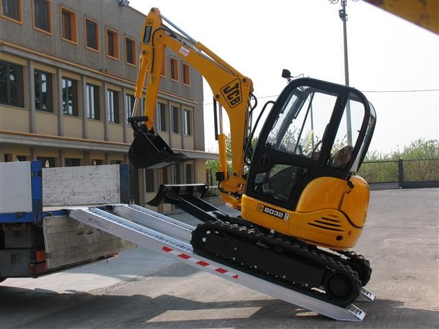 Hliníkové nájezdy MM125 3000 mm, max.nosnost 3000 kg Metalmec